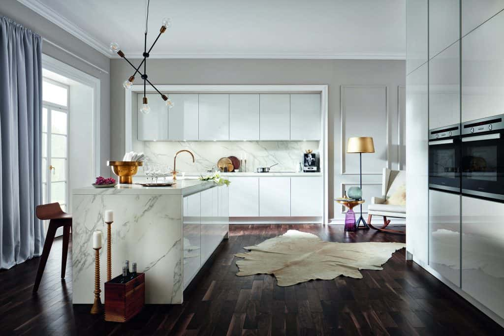 marble white kitchen