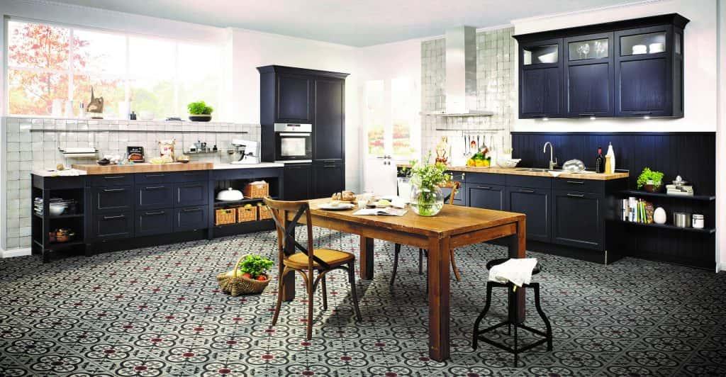 dark blue and wooden kitchen