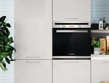 white handles style kitchens